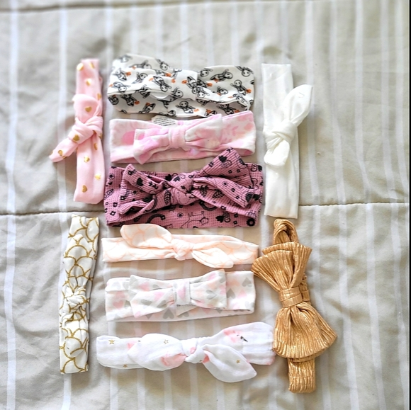 lot of 30 baby bows